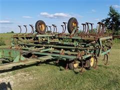 John Deere 110 Field Cultivator