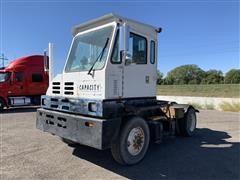 1996 Capacity S/A Yard Spotter Truck