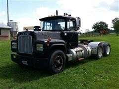 1969 Mack R600 T/A Truck Tractor