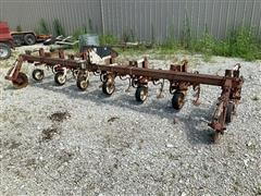 Noble 6-Row Cultivator