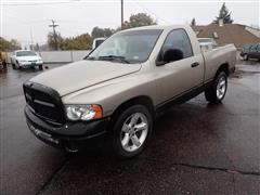 2004 Dodge RAM 1500 2WD Regular Cab Short Box Pickup