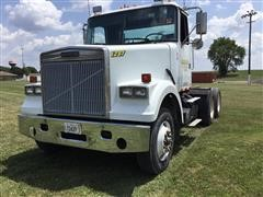 1991 White GMC Conventional WCM T/A TRL Truck