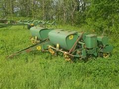 John Deere P-1240 Planter