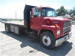 1994 Ford LN8000F Flatbed Truck