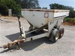 Willmar 500 Dry Fertilizer Buggy