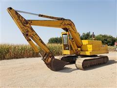 John Deere 690B Excavator