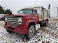 1980 GMC 7000 T/A Grain Truck W/Electric Drill Fill Auger