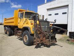 1993 Ford LT8000 Dump Truck