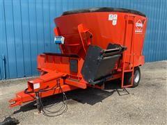 KUHN Knight VSL 142 TMR Wagon