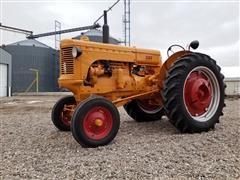 1947 Minneapolis-Moline UTS 2WD Tractor