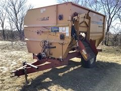 Knight 3036 Feed Wagon