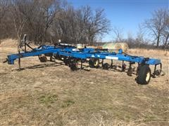 Nutri-Placer 4250 NH3 Fertilizer Applicator