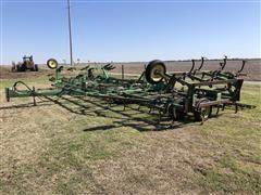 John Deere 960 40' Field Cultivator