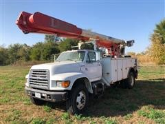 1999 Ford F800 S/A Bucket Truck