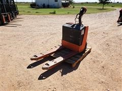 Toyota 7HBW23 Electric Pallet Truck