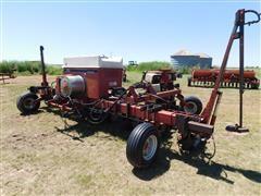 Case IH 900 Cyclo Air 8R30 Planter