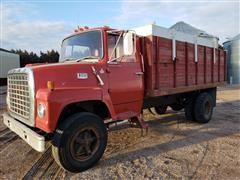 1978 Ford 700 Grain Truck