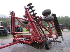 Case International 3950 Disk Harrow
