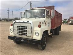 1977 Ford LN7000 Grain Truck