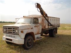 1979 GMC Sierra 6000 Grain Truck