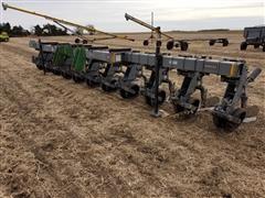Hiniker 6000 10R30W Cultivator