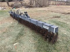 Yetter 3530 3 Pt Hydraulic Fold Rotary Hoe