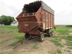 New Idea 603 Forage Wagon