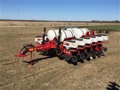 2012 White 8180 12R30 Planter