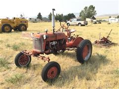 1948 Farmall Cub 2WD Tractor