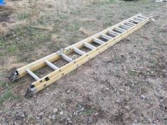 Bauer Heavy Duty Non-Conductive Fiberglass Side Rails Ladder