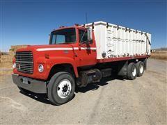 1975 Ford 9000 T/A Grain Truck