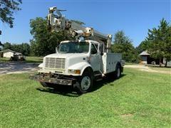 1998 International 4700 S/A Digger Derrick Truck