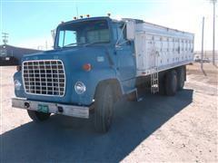 1970 Ford 750 T/A Grain Truck