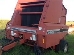 1988 Case International 8460 Round Baler