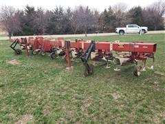 International 183 8 Row Wide Row Crop Cultivator