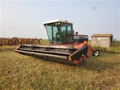 Hesston 8400 Windrower/Swather