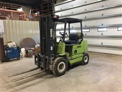 Clark GPS25MB Forklift
