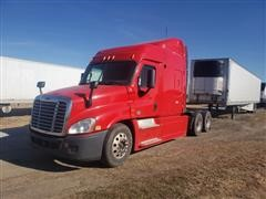 2013 Freightliner Cascadia 125 T/A Truck Tractor