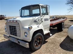 1972 Ford LN700 Flatbed Truck