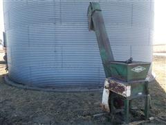 Henke B18 Corn Roller