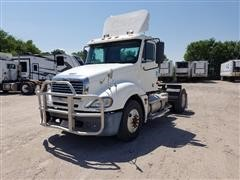 2006 Freightliner Columbia 120 S/A Truck Tractor