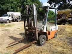 Nissan 35 Forklift