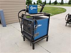 Miller CP-302 CV/DC Welding Power Source W/Wire Feeder