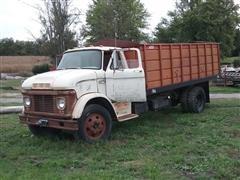 1965 Ford 600 Grain Truck