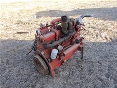 International DT466-B Diesel Engine