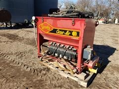 Gandy 62DN18C Orbit Air Seeder