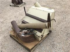 1994 Grass Hopper VAC948-52 Blower Assist w/Rear Hopper