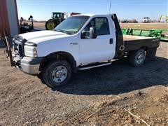 2006 Ford F250 4WD Super Duty Flatbed Pickup