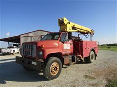 1994 GMC C7H042 Boom Truck w/Digger