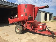 Case International 1360 Grinder Mixer